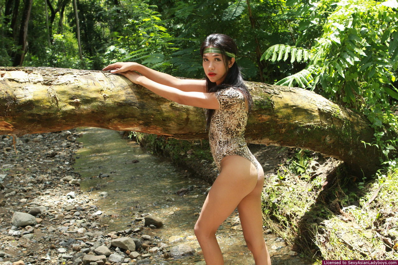 Outdoors tgp nude